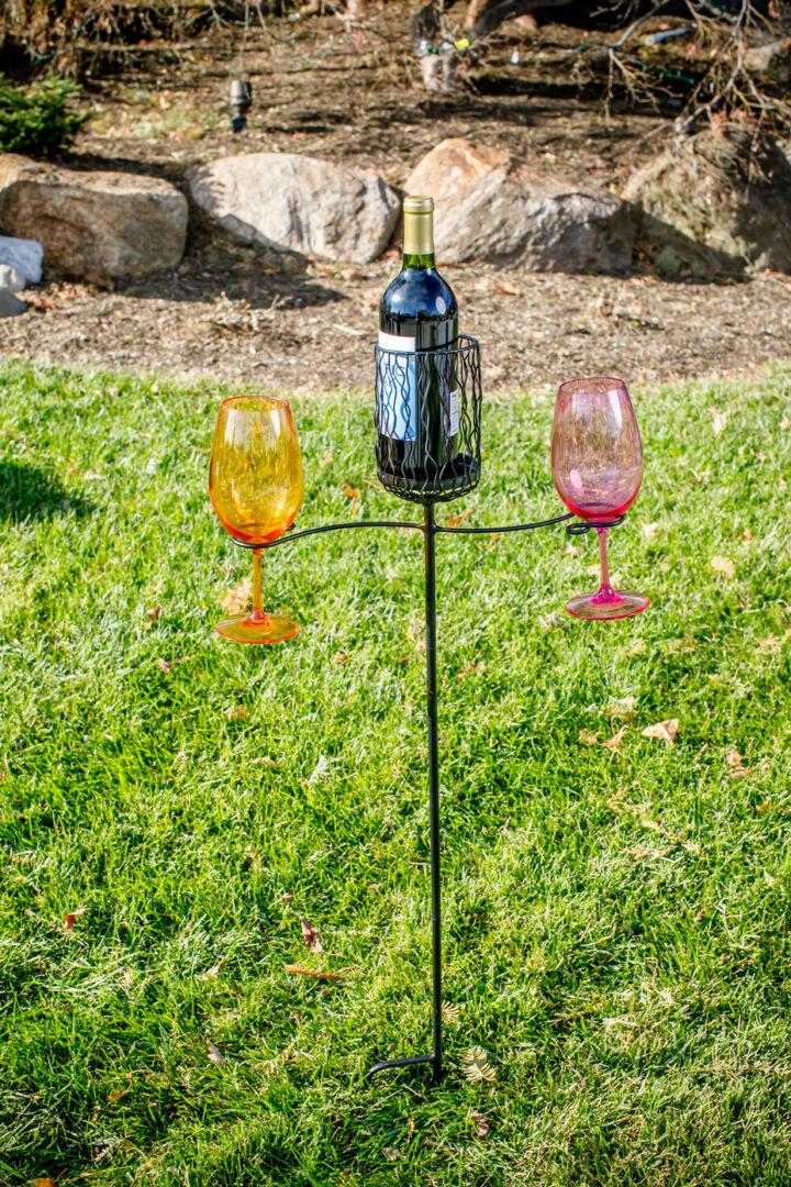 Ground Stake Wine Glass/Bottle - Black
